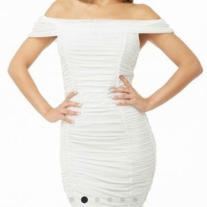 Forever 21 Dresses - Forever 21 white ruffled dress! New with tag!